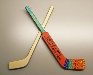 Paint a mini hockey stick